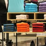 Wit T-shirt is oneindig combineerbaar en een must voor in je kledingkast